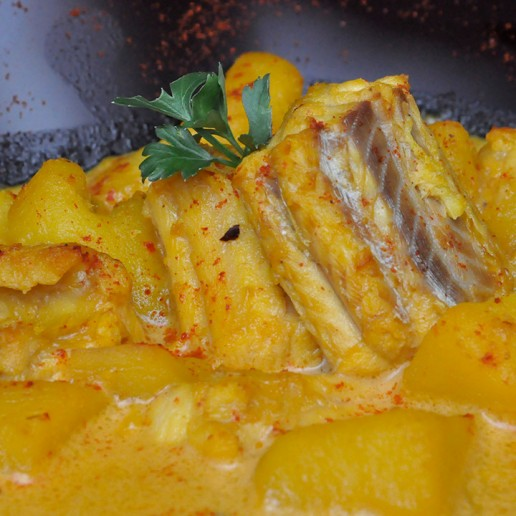 Gastronomía de Roquetas de Mar Patatas en Ajopollo