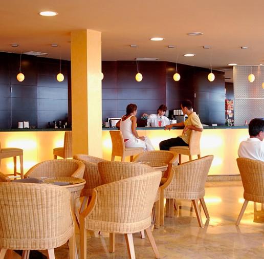 Hotel ATH Roquetas de Mar - Turismo Roquetas de Mar