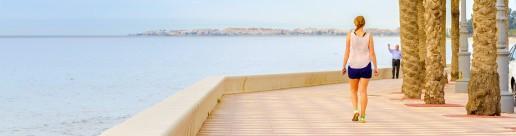 Pasear por los paseos marítimos de Aguadulce, Roquetas de Mar y la Urbanización