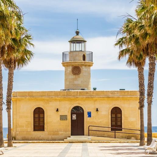 Faro de Roquetas de Mar