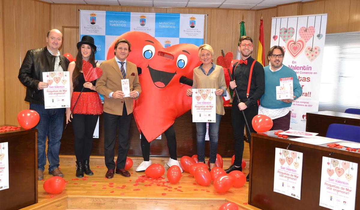 """El Ayuntamiento invita a """"sentir el flechazo del comercio"""" en la II edición de """"Roquetas de Mar ¡¡te enamora!!"""""""