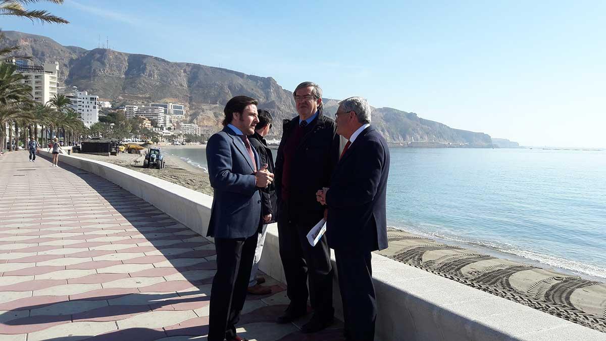 Costas regenera las playas de Aguadulce y La Ventilla de Roquetas de Mar