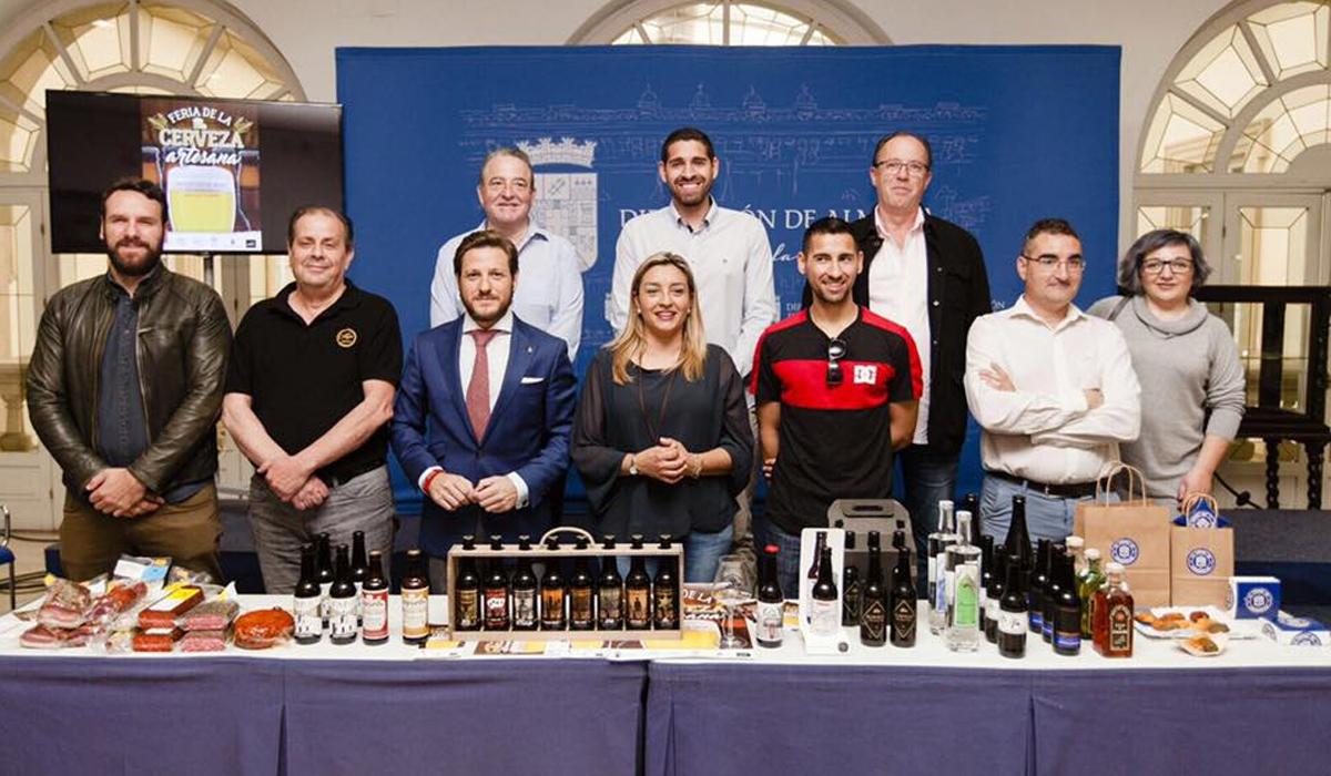 Roquetas de Mar se convierte en capital de la cerveza con el apoyo de la Diputación