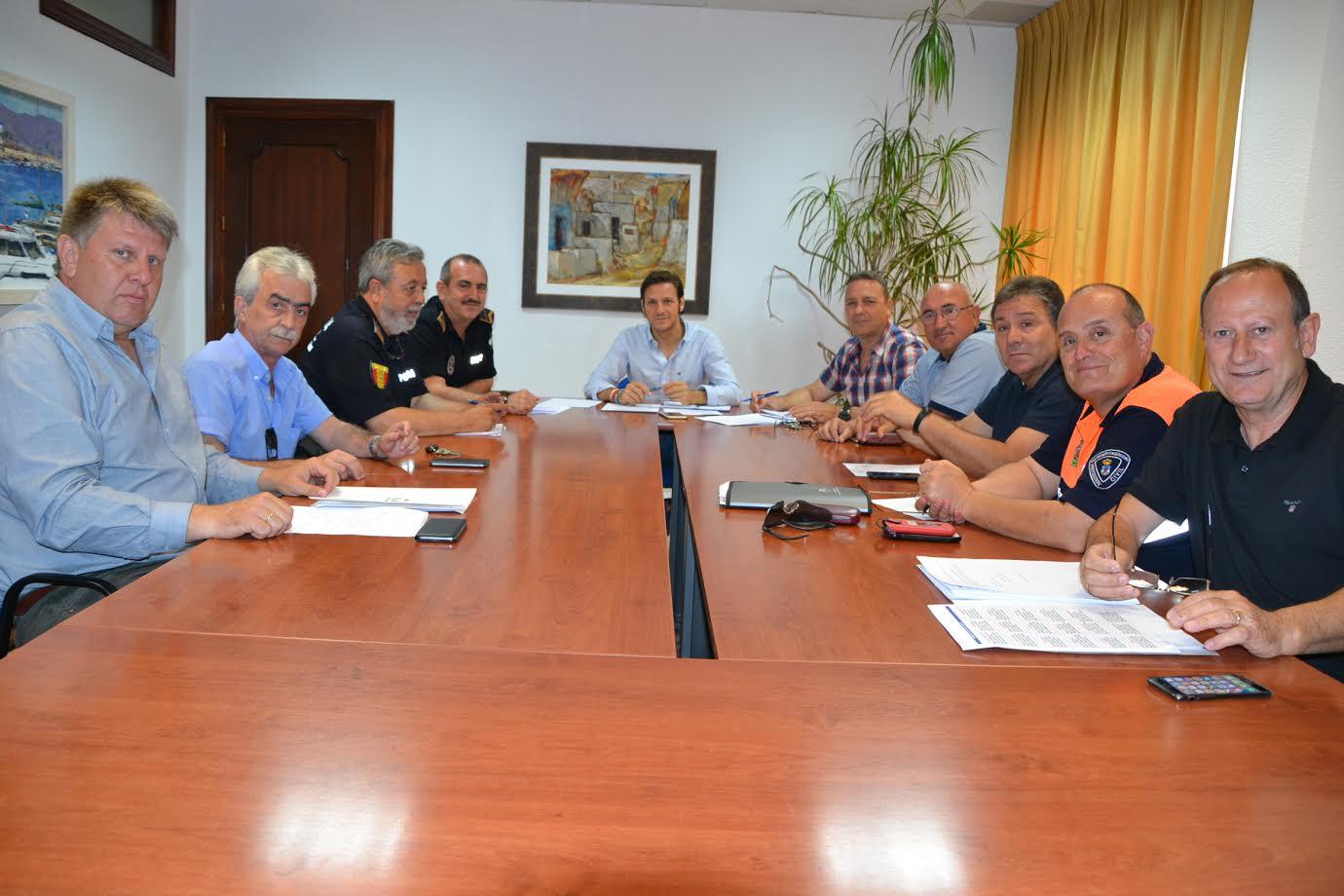 El Ayuntamiento aumenta el dispositivo de seguridad y limpieza para la Noche de San Juan