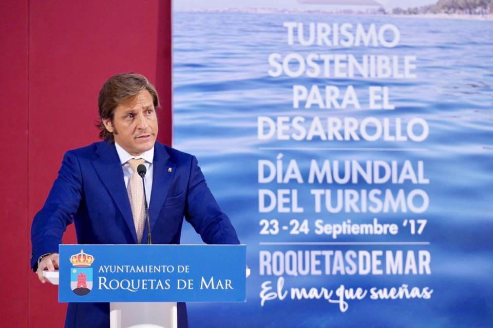 Roquetas de Mar reúne a expertos del sector turístico en las jornadas del Día Mundial del Turismo