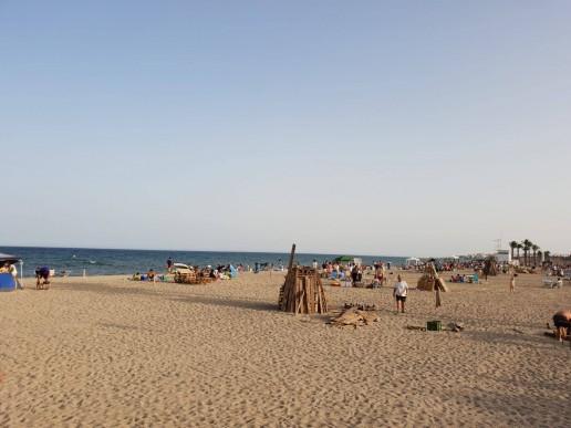 Preparativos Noche de San Juan - Turismo Roquetas de Mar
