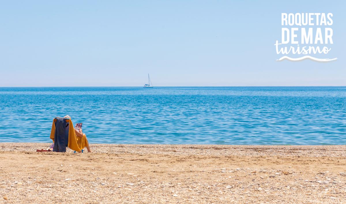 Roquetas de Mar, uno de los 18 municipios turísticos andaluces que renuevan su catalogación tras adaptarse al nuevo decreto